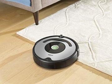 iRobot Roomba 615 Saugroboter mit 3-stufigem Reinigungssystem, Dirt Detect, Staubsauger Roboter selbstaufladend mit Ladestation, geeignet für Tierhaare, Teppiche und Hartböden, mit intelligentem Griff - 11