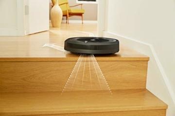 iRobot Roomba 615 Saugroboter mit 3-stufigem Reinigungssystem, Dirt Detect, Staubsauger Roboter selbstaufladend mit Ladestation, geeignet für Tierhaare, Teppiche und Hartböden, mit intelligentem Griff - 8